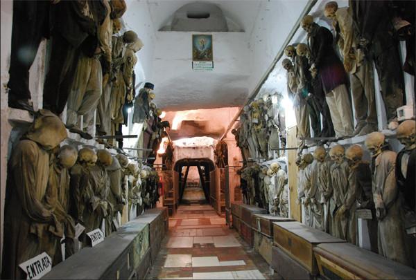 Las catacumbas de los Capuchinos