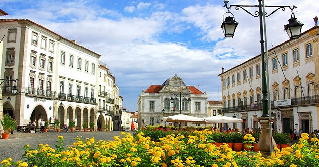 Qué ver en Évora: la Capilla de los Huesos