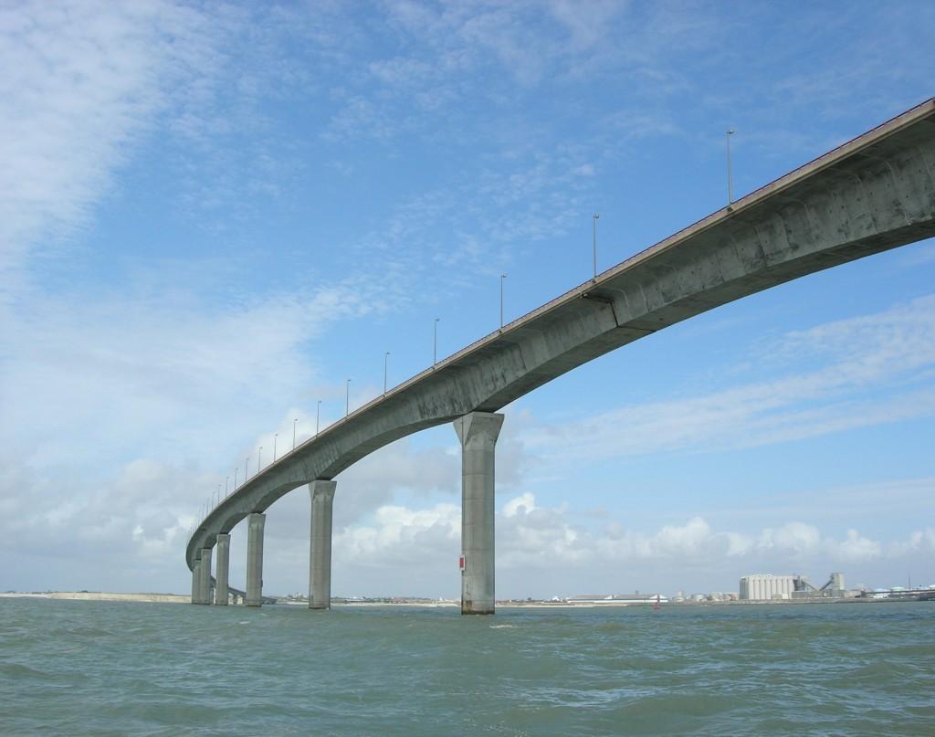 puente isla de ré